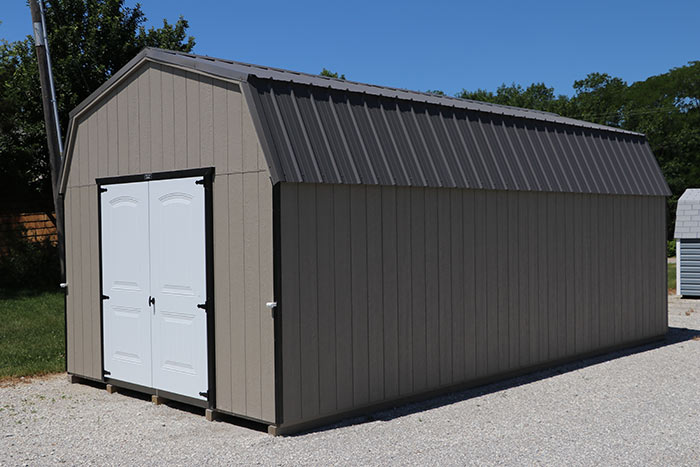 Martin-mini-barns-iowa-painted-high-barn